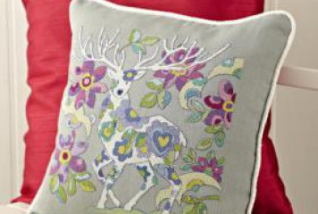 Scandinavian Pillow needlework design